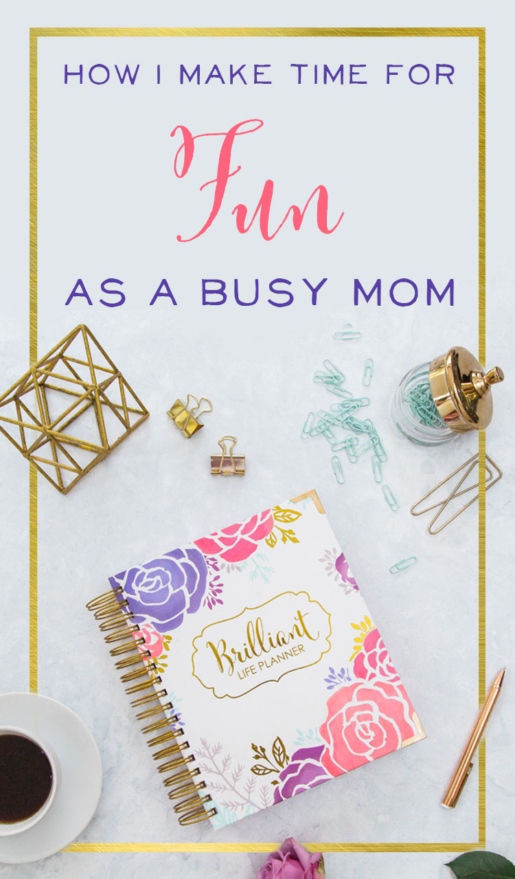 Ahh Motherhood! There is always more to do - more messes to clean up - more activities to run to - when is there ever time to just have fun? Learn how to simplify your schedule and make time for fun as a busy mom | great time management tips for moms