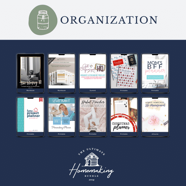 All the products in the organizing section of the Ultimate Homemaking Bundle.